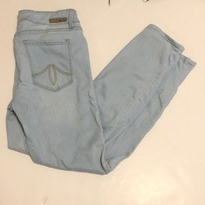Level 99 Lily Crop Skinny Straight Jeans Size 30